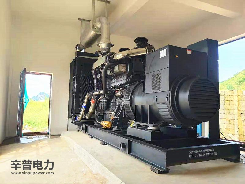 柳州交机两台800KW上柴发电机组——用于养猪场