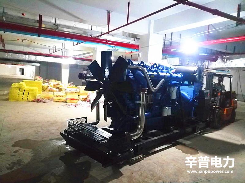 南宁交机两台810KW玉柴发电机组——用于商业小区