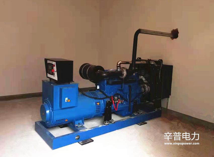 北流交机一台100KW柴油发电机组——用于居民小区