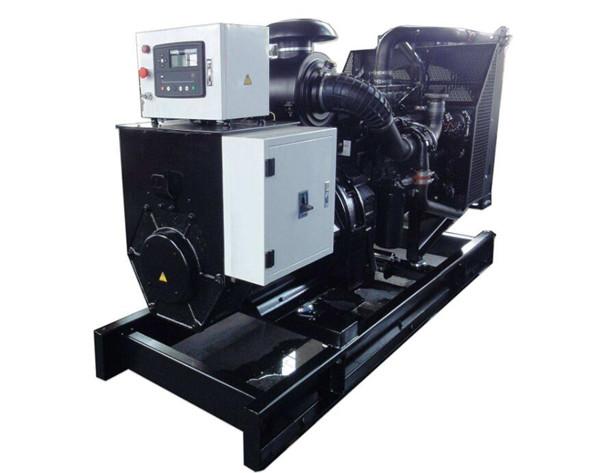 上柴40~150KW陆用柴油发电机组图片
