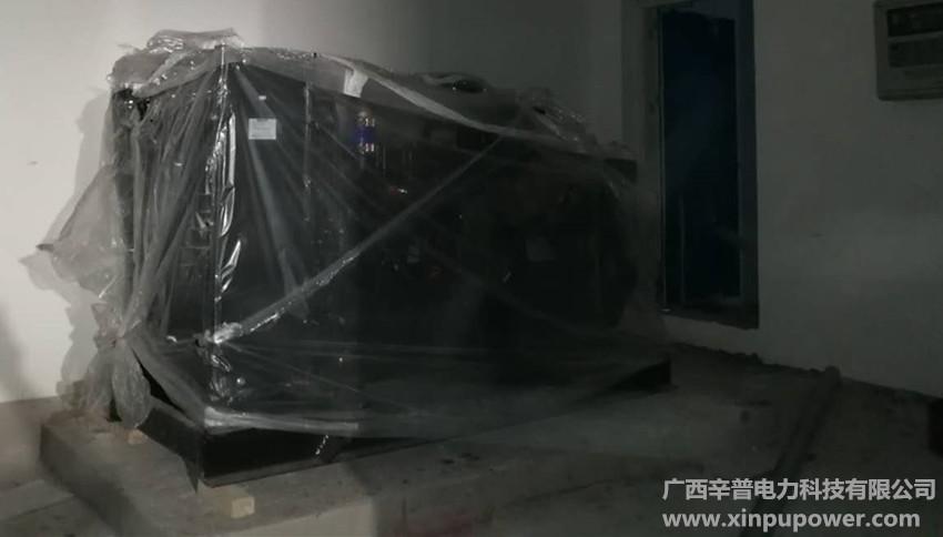 6月1日交机一台150kw上柴发电机组-百色某房地产