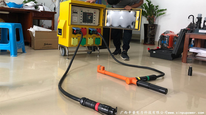 电缆连接器,电缆转接箱,FSA汇流排夹钳